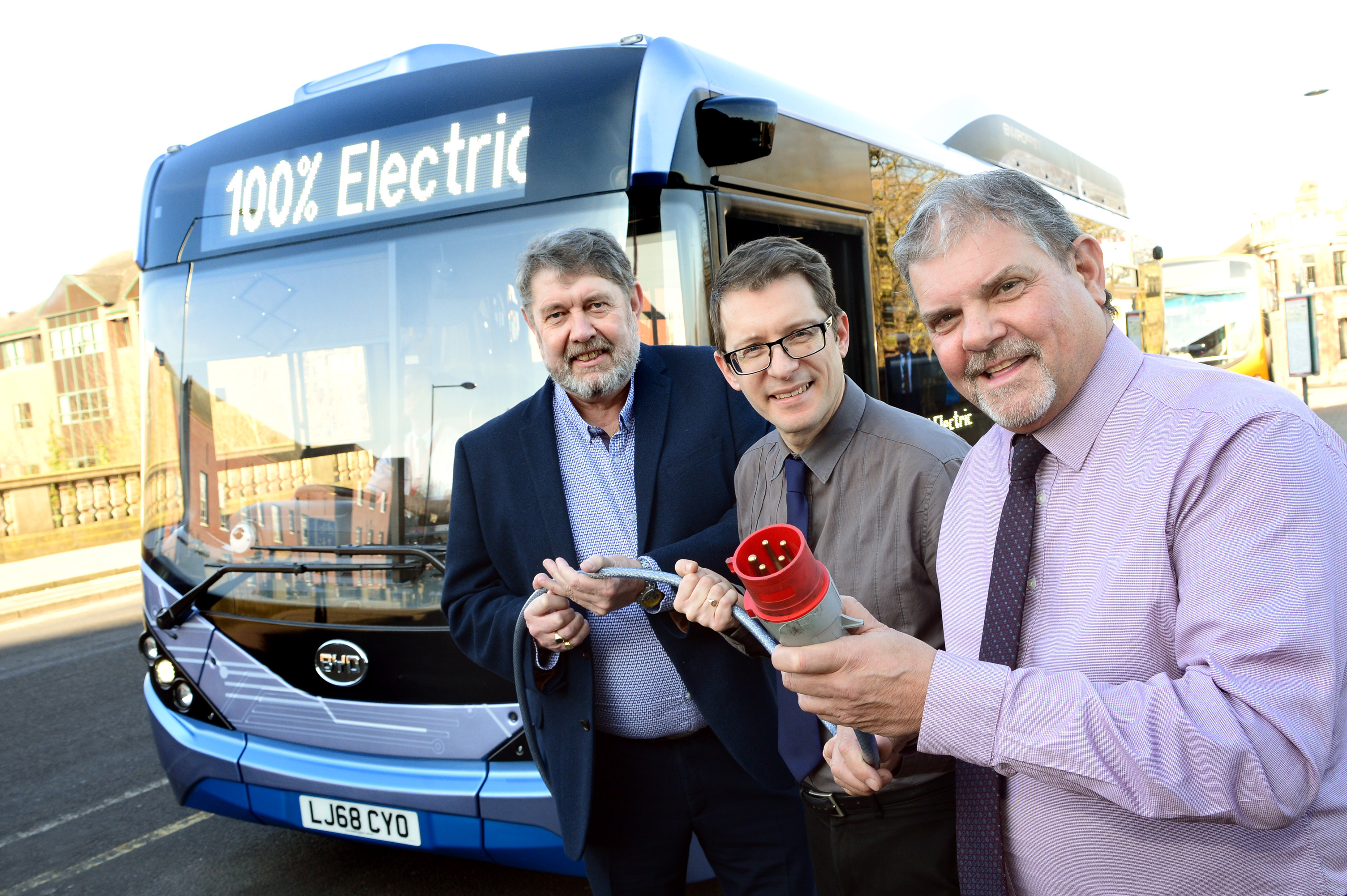 electric buses will plug into Derby
